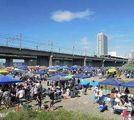 多摩川BBQ風景