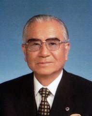 創業者兼会長:政木喜三郎