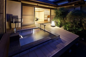 別邸「緑涌」客室露天風呂