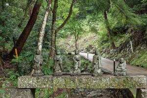 山内に1000体以上鎮座する五百羅漢像